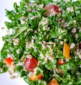 428be-quinoa2band2bkale2bsalad